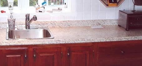 la restauration d 39 armoires de cuisine et de salle de bain. Black Bedroom Furniture Sets. Home Design Ideas